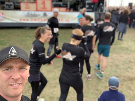 Crossdeluxe Lauf Team Fit mit Chris Personal Training